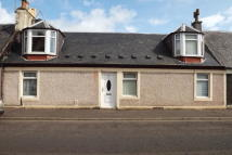 Flat to rent in Orchard Street, Galston
