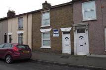 2 bedroom house to rent in Winstanley Road...