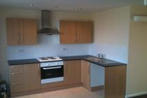 2 bed house in Manor Way...