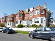 3 bed Flat to rent in The Cliff,  Brighton, BN2