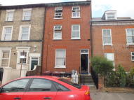 Apartment to rent in Zinzan Street, Reading