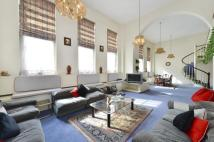 Flat for sale in York Street, Marylebone