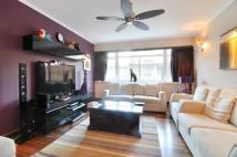 3 bed Flat for sale in Chelwood House...