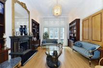 Flat for sale in Wigmore Street, London