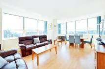 3 bed Flat to rent in Marathon House...