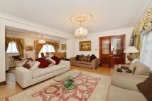 5 bedroom property to rent in Brick Street, London