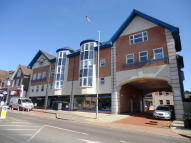 2 bed Apartment in Warwick House...