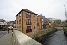 Flat to rent in Bridge Wharf Road...