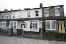 3 bed house to rent in Chertsey Road...