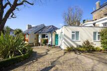 5 bedroom property in Cambridge Park...