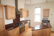 Flat to rent in Abington Avenue