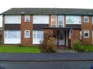 Flat to rent in Cross Green Close...