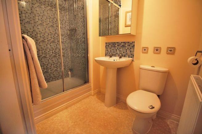 Shower En Suite