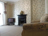 4 bed semi detached house in Stamford Grove West...