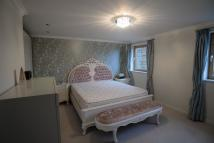 Flat to rent in Meridian Place, London...