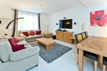 2 bedroom Flat to rent in ST. GEORGE'S SQUARE SW1V