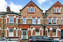2 bedroom Flat for sale in LAVENDER GARDENS, SW11