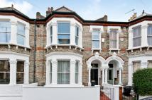 4 bed Terraced house in MARMION ROAD, SW11