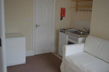 Studio flat in GRAVELLY LANE...