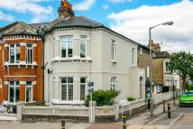 Flat in CAVENDISH ROAD, SW12