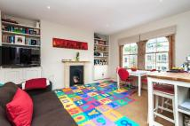 2 bedroom Flat to rent in VICTORIA RISE, SW4