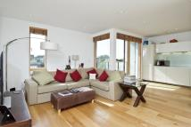 3 bedroom Penthouse in WINGATE SQUARE, SW4