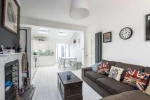 3 bed Flat for sale in ROBERTSON STREET, SW8