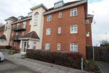 3 bed Flat to rent in Staines Road East...