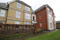 Flat to rent in Vicarage Road, Egham...
