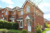 3 bedroom Detached home in Oakley Drive, Oldham, OL1