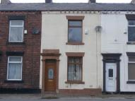 Manchester Road Terraced property to rent