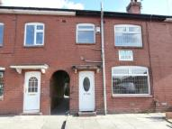 3 bedroom property in Maple Close, Shaw...