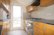 Flat to rent in Sevington Street...
