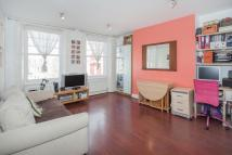 Flat to rent in Harrow Road...