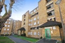 3 bed Flat in Sandby House...