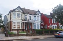 1 bed Flat to rent in Wrottesley Road...