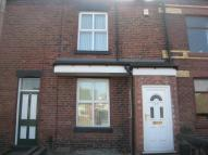 2 bed property in Station Road...