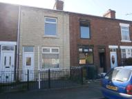 2 bed property in New Street, Laughton...