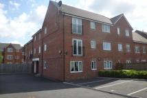 2 bedroom Flat to rent in Reed Close, Farnworth...
