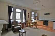 2 bed Flat to rent in Brockley Road, London...