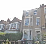 2 bed Flat for sale in WALLBUTTON ROAD, London...