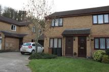 semi detached home to rent in Evans Close, Greenhithe...