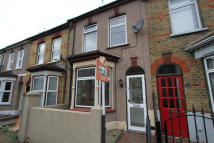 2 bedroom Terraced property in Stanbrook Road...