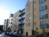 2 bed Flat to rent in Black Eagle Drive...