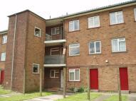 Flat to rent in Farnol Road, Dartford...