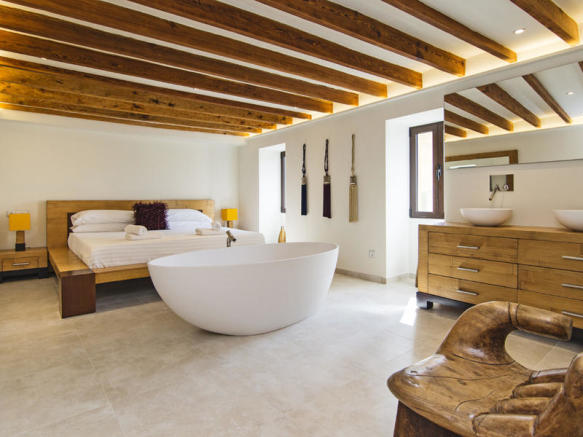 Luxurious bedroom of a lovely townhouse in Pollensa
