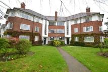 2 bedroom Flat in St Leonards Court...