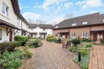 2 bed property in Sheridan Place, Barnes
