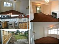 3 bed Terraced home to rent in Glenham Drive...