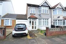 3 bed semi detached house to rent in Talbot Gardens, Ilford